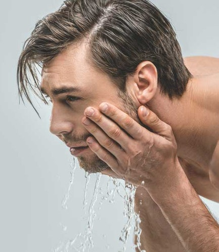 Acne Quiz: Build a Skin Care Routine for Your Acne | Neutrogena®